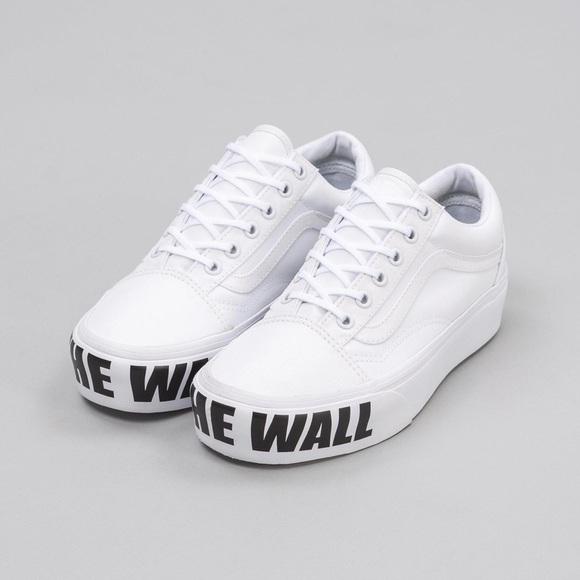 "ec521cb97a7 Vans ""off the wall"" platform White Sneakers. M 5b2e2e8e819e905c5f778885"